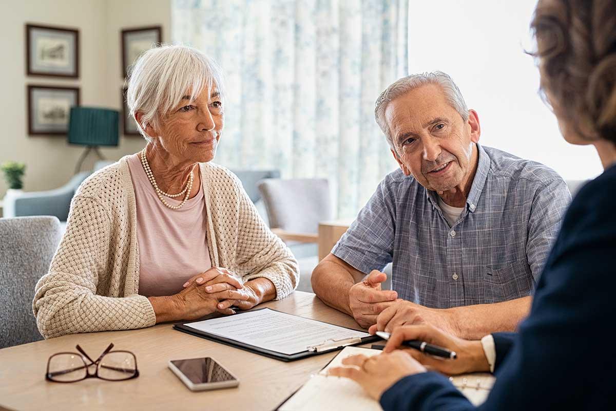 Kümern Sie sich um Ihre Finanzen im Alter