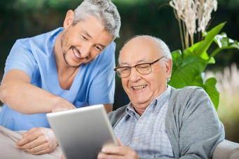 Internet für Senioren ganz einfach mit dem Tablet