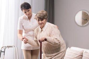 Leben im Alter: Stürzen vorbeugen