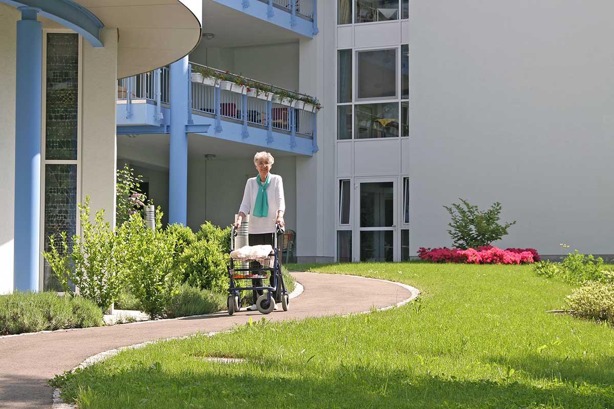 In einer Wohngruppe behindertengerecht wohnen